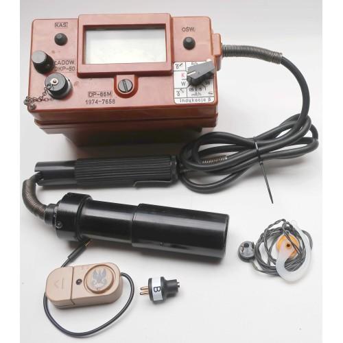 DP66M Vintage Cold War Geiger Counter & Mini Speaker